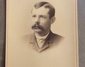 Cabinet Card Photo; Antique Photo; Victorian Era Photo; 1800s Photo