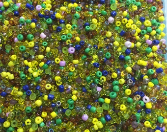 Mixed Colour Seed Beads Size 8/0 3mm