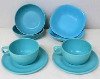 Vintage Melmac Turquoise Cups and Saucers, Melmac Square Berry Bowls, Melmac Round Dessert Bowls, Melamine Lunch Set, 1950's Made in Canada