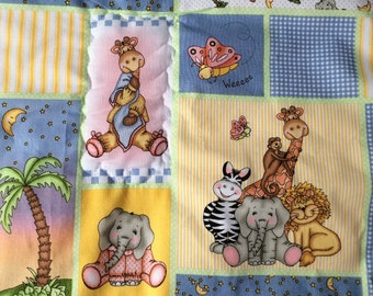 Quilt, baby quilt, with zoo animals
