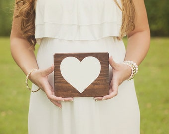 Heart wood sign Photo prop Love wood sign Love sign Heart sign Wedding prop Love prop Wood heart Rustic heart Rustic sign Maternity prop