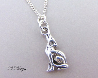 Wolf Necklace, Silver Baying Wolf Pendent, Pagan Necklace, Wolf Jewellery, Wolf Gifts, Silver Charm Necklace, Trendy Necklace