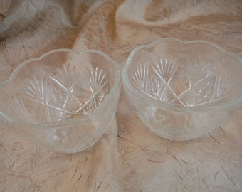 1980's 2 Small Clear glass Etched Bowls-Vintage-Collectible-Decorum-Usable