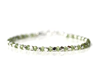 Dainty Peridot Bracelet, Natural Green Peridot Jewelry, 925 Sterling Silver, Thin Stacking Bracelet, August Birthstone, Gift for Girlfriend