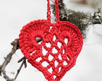 4 red hearts crochet, free shipping, free shipping