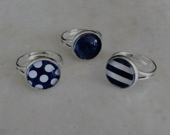 Adjustable ring navy blue