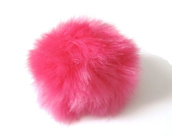 1 Pompom in bright pink color synthetic fur (+ or -) 60 mm