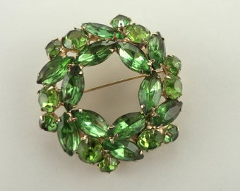 Vintage Signed WEISS Shades of Green Rhinestone Brooch Gold Tone