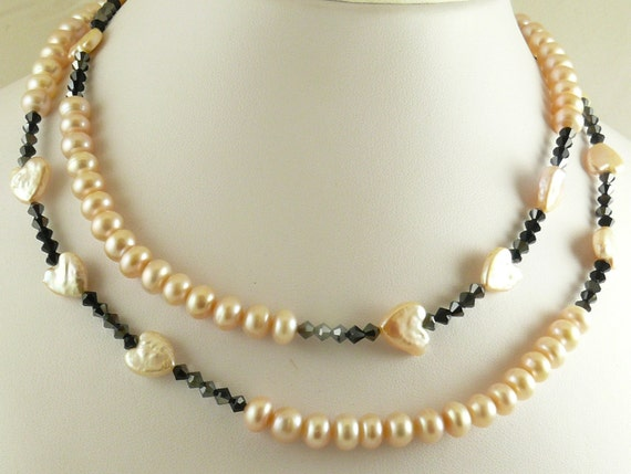 Freshwater Peach Pearl with Black Jet Crystals Necklace, Bracelet & Earrings