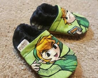 Baby Booties! Zelda, Link Baby booties! Baby boy booties, baby girl booties.   Limited amount of fabric*.