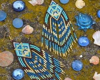 Seed bead earrings, Native American beadwork, summer earrings, boho earrings, fringe earrings, ethnic style, tribal earrings
