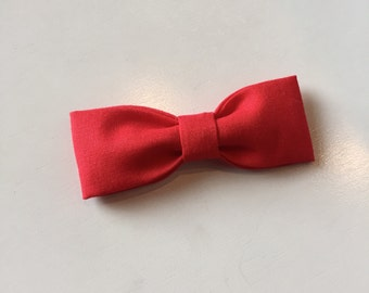 Baby/Girls Red Hair Bow with Hair Clip.