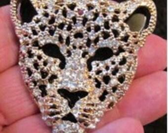Cheetah or leopard pendant or brooch