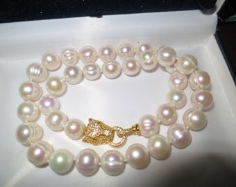 Lovely new handmade genuine 12-13mm South Sea baroque white pearl necklace panther clasp