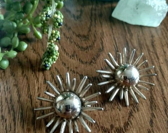 Vintage 1950s Clip-On Sunburst Earrings