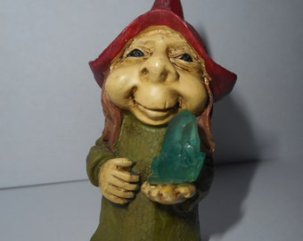 ELF miniature figurine-woodland little Elf with magic stone