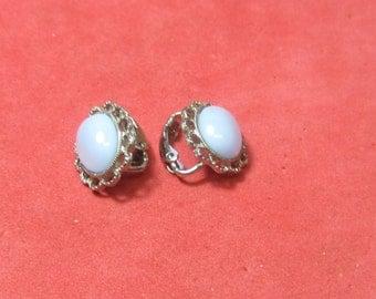 Vintage earrings opal
