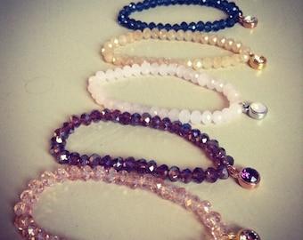 Handmade beaded bracelet with swarovski charm