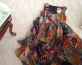 Gorgeous never worn size large sleeveless beautiful color summer dress