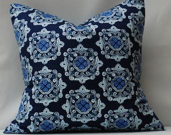 Decorative Pillow Cover. Bold Blues.