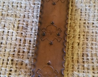 Masonic Bookmark, Skull & Crossbones, w/ Square and Compasses, Brown