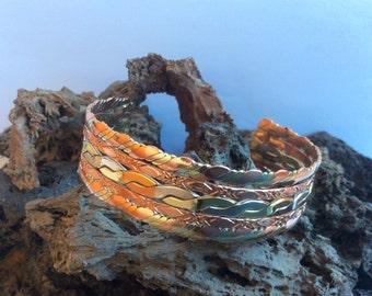 Adjustable handmade bracelet model Urani