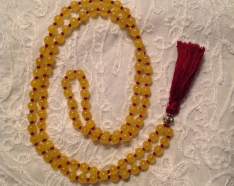 Mala in yellow jade stones