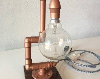 Capacitor pipe lamp