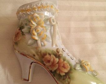 Porcelain shoe