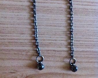 Dangling gray chain earrrings