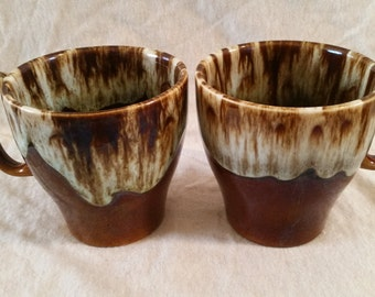 brown drip cup set of 2/brown drip cups/brown cups/ceramic cups/vintage cups/vintage brown drip cups