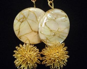 Pearl sensation earrings
