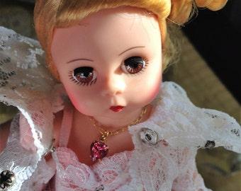 Mini Madame Alexander Queen Guinevere