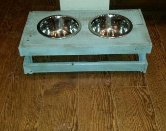 Small elevated dog feeder/rustic/reclaimed wood/shabby chic dog feeder