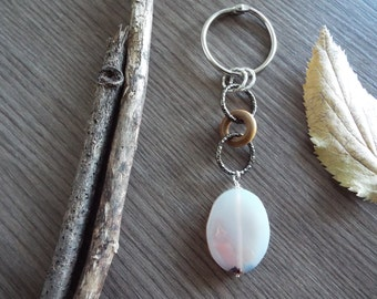 Agate and wood keychain