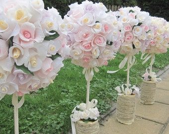Wedding Ball Table Centerpices Crepe Paper Rustic Pastel Roses