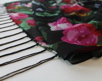 OVERSIZED -  LARGE vintage scarf in black, green, pink - floral design