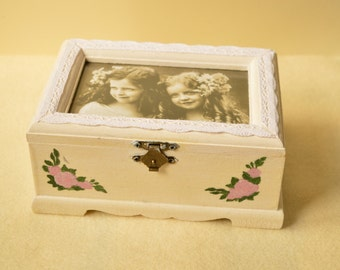 Wooden painted box with photo, Vintage style box, Jewellery box