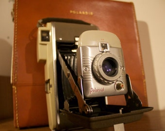 Polaroid 80a with original case.
