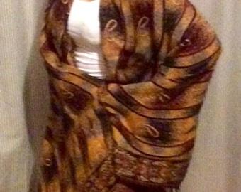 Large shawl