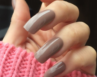 Coffee creme taupe long square false nail set. Stiletto claw coffin nails