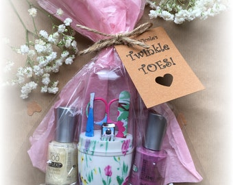 For Your Twinkle -Toes! Nail Polish and Mini Nail File Gift Set