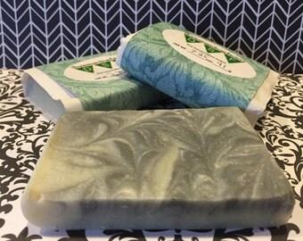 Cedarwood 2.75oz Cold Process Soap Bar