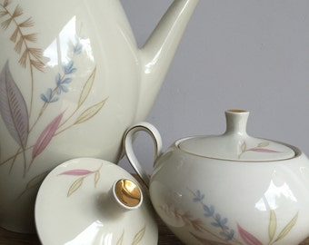 Fifties Bavaria Teapot with Floral design and matching creamer and sugarbowl - vintage