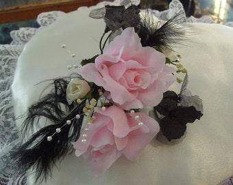 FEATHER MIST.      Silk flower Corsage