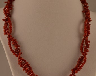 "18"" Red Beaded Necklace"