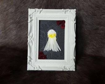 Framed canary tail
