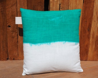 """Cushion linen white """"Tie & Dye emerald green"""", """"Queen of the Mystic"""" Collection 100% handmade"""