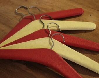 5 Vintage coat hangers / clothing hangers / 1960s / 60's / retro / mid century