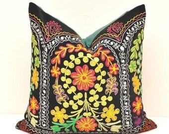 Velvet Suzani Pillow - Suzani Pillow Cover - Suzani Cushion Cover - Designer Suzani Pillow - Decorative Suzani Pillow - Throw Suzani Pillow